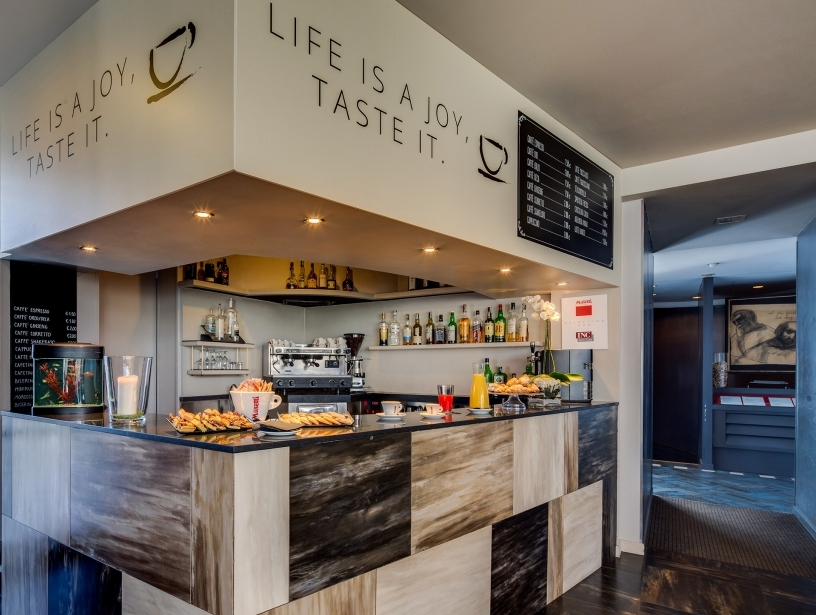 Scopri il bar del BW Plus Hotel Farnese