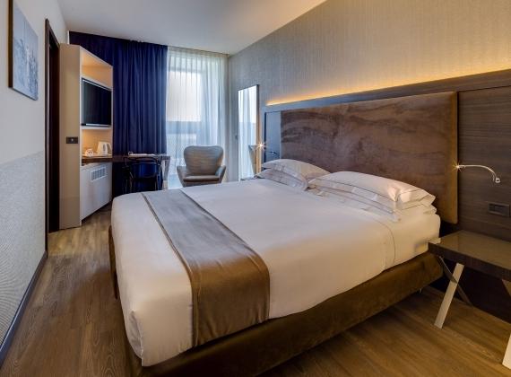 Prenota le camere del BW Plus Hotel Farnese