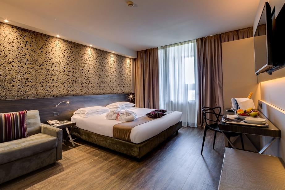 Prenota il BW Plus Hotel Farnese per il tuo soggiorno