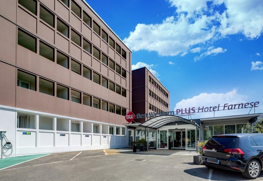 Entra al BW Plus Hotel Farnese