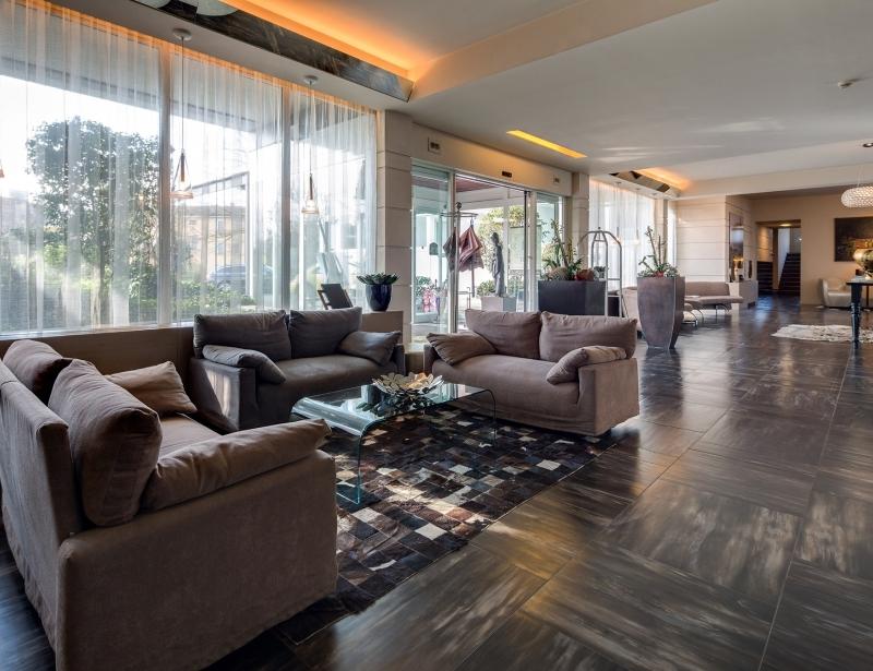 Enter the BW Plus Hotel Farnese Parma
