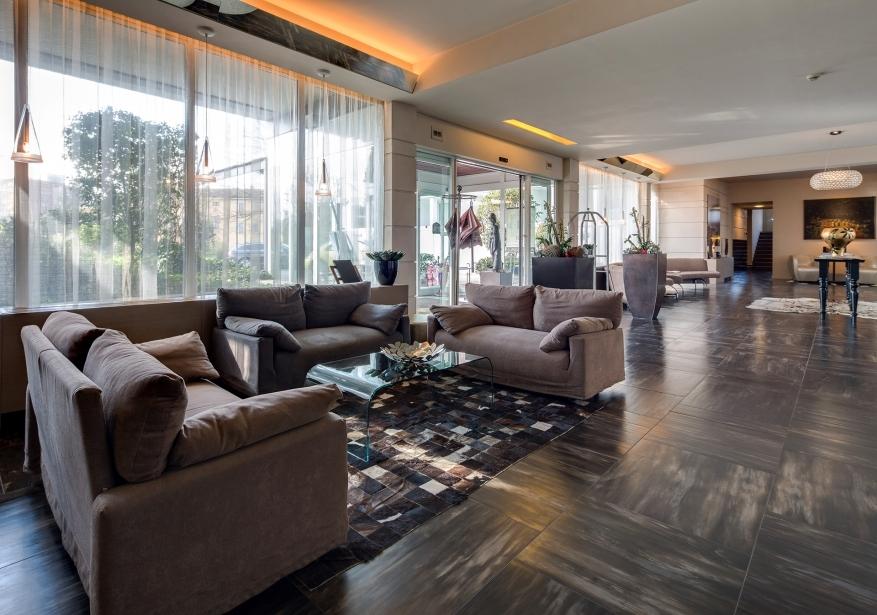 Entrate al BW Plus Hotel Farnese Parma
