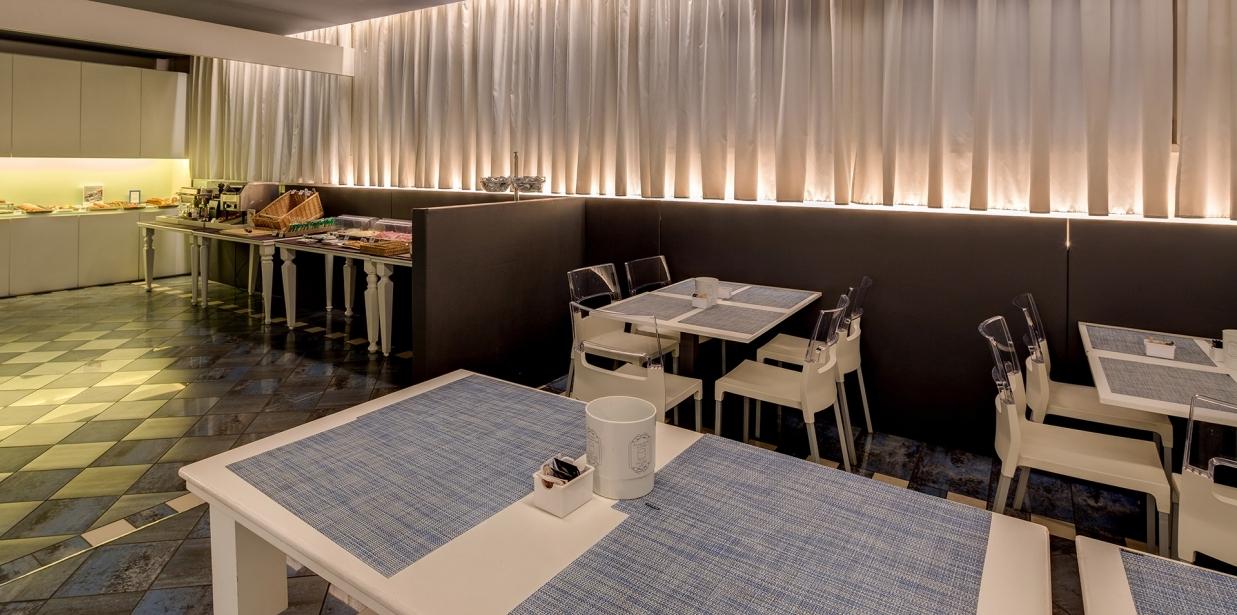 Goditi la colazione del Bw Plus Hotel Farnese
