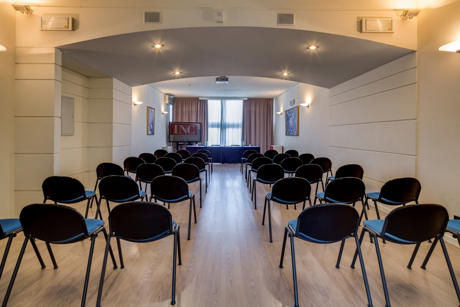 Hotel 4 stelle con sale meeting a Parma