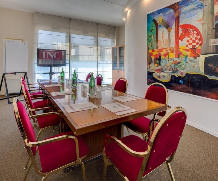 Prenota la tua sala meeting in hotel a Parma